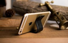 Italian leather go with high-quality bronze hardware, muiti-function Keychain, mobile phone stand & cable retractor. Phone Stand, Leather Keychain, Italian Leather, Cable, Gadgets, Hardware, Bronze, Cabo, Leather Key Holder