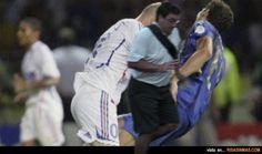 La verdad del cabezazo de Zidane...¡Fue un empujón del arruina fotos!