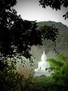 The White Buddha, Saraburi, Thailand. :)