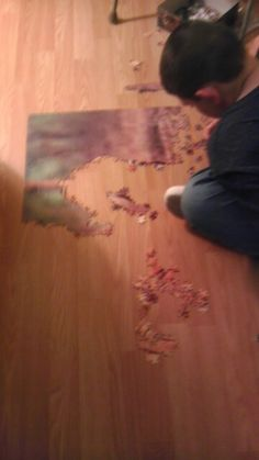 Hiw he puts together puzzles