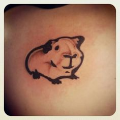 I miss my Smitty.he was such a sweet pig. Animal Tatoos, Small Animal Tattoos, The Body Shop, Body Art Tattoos, Cool Tattoos, Pretty Tattoos For Women, Cute Guinea Pigs, Pig Art, Sweet Tattoos