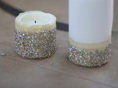 Nothing says New Years Eve like a little glitter added to your everyday home decor. This is a really simple (read: five minute!) project that instantly transforms your plain white candles, and the result is so fun! Keep reading to see how to make them… Supplies: Wax candles Scotch tape Glitter Spray Adhesive Paper   …
