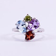 Ezüst gyűrű csiszolt valódi kövekkel Peridot, Stud Earrings, Jewelry, Jewellery Making, Earrings, Jewels, Ear Gauge Plugs, Jewlery, Peridots
