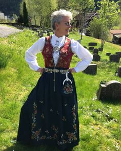 Rogalands Bunad #rogalandsbunad #bunad Traditional Outfits, Norway, Victorian, Dresses, Fashion, Vestidos, Moda, Fashion Styles, Dress
