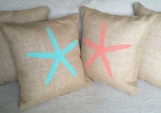 Starfish Burlap Pillow Rustic Beach por TheOldCountryPorch en Etsy