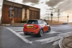Today we bring you the first 2019 MINI LCI videos – giving us the best look at MINI's LCI to date. We The Best, First Car, Car Photos, Cars, Mini, Pride, Videos, Happy, Autos