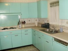 1960s vintage mint kitchen wow i want to live there turquoise kitchen cabinetsmetal - Retro Metal Kitchen Cabinets