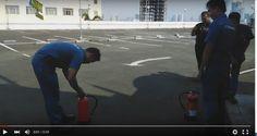 Video Demo alat Pemadam Api Pelatihan APAR: Gratis pelatihan APAR untuk setiap pembelian dari kami. Simulasi/ Demo pelatihan cara menggunakan alat pemadam api dengan baik dan benar secara Cuma-cuma. Baca juga: Cara Menggunakan A.P.A.R Alat Pemadam Kebakaran.