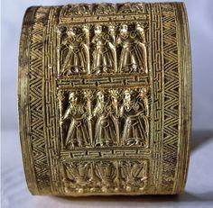 Bracelet Etruscan. 7th century B.C.
