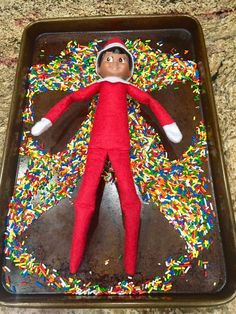 100 Hilarious Elf on the shelf ideas to cherish the sweet Smile on your Kid's Face - Hike n D. 100 Hilarious Elf on the shelf ideas to cherish the sweet Smile on your Kid's Face - Hike n Dip, Elf Ideas Easy, Awesome Elf On The Shelf Ideas, Elf On The Shelf Ideas For Toddlers, Elf Is Back Ideas, Woody Und Buzz, Christmas Elf, Christmas Crafts, Christmas Christmas, Christmas Bedroom
