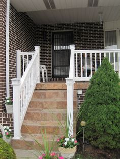 T Rail with turned spindle vinyl stair railing. Outdoor Stair Railing, Deck Railings, Vinyl Railing, Aesthetic Value, Trellis, Porch, Outdoor Structures, Home Decor, Balcony