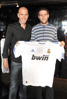 Rencontrer Zinedine Zidane et repartir avec son maillot dédicacé... I had a dream...