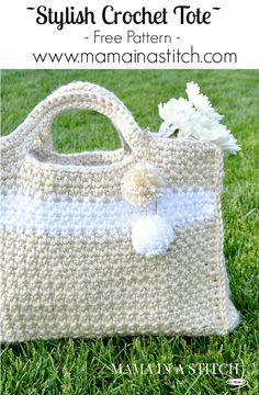 This tote is big enough for your beach towels or picnic goodies! Free crochet pattern for this easy bag.