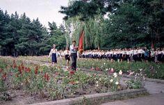 https://flic.kr/p/y1f1LA | DDR Pioniere,DDR Kinder