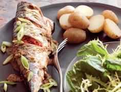 Mackerel grilled with chilli and black pepper, drizzled in a horseradish, spring onion, chilli, rosemary and lemon sauce. Every bit as delicious as it sounds! Lemon Sauce, Grilling, Pork, Stuffed Peppers, Onion, Recipes, Fish, Spring, Rezepte