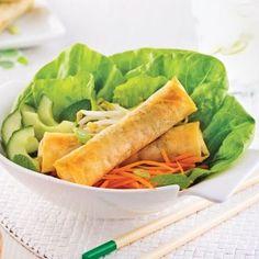 Salmon tartare and crisp tempura - Je Cuisine - chicken Sushi Recipes, Asian Recipes, Healthy Recipes, Ethnic Recipes, Salmon Tartare, Banting Recipes, Pause, Asian Cooking, Spring Rolls