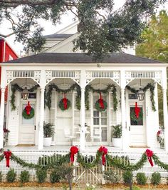 We thought our favorite Christmas cottage couldn't be cuter. but then they added twinkle lights! 🎅🏼✨✨ Uptown New Orleans Cottage Via The Grove Street Press Southern Christmas, Christmas Porch, Magical Christmas, Noel Christmas, Modern Christmas, Beautiful Christmas, Christmas Island, New Orleans Christmas, Christmas Vacation