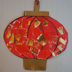 recycled paper chinese lantern for chinese new year - makes a great festive bunting! Chinese New Year Crafts For Kids, Chinese New Year Activities, Chinese New Year Decorations, Chinese Crafts, New Years Activities, Art Activities, New Year's Crafts, Diy And Crafts, Paper Crafts