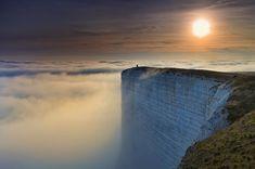 【絶景】イギリスにある『ドーバーの白い崖』がこの世の果て並みに美しすぎる件 | IRORIO(イロリオ) - 海外ニュース・国内ニュースで井戸端会議