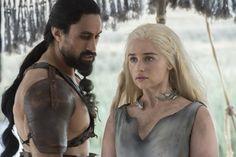 "oe Naufahu as Khal Moro and Emilia Clarke as Daenerys Targaryen on the ""Game of Thrones"" season-six premiere. Daenerys Targaryen, Khaleesi, Emilia Clarke, Dax Shepard, Game Of Thrones Images, Game Of Thrones Fans, Khal Drogo, Jason Momoa, Outlander"