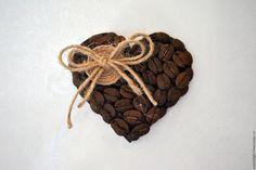 """Купить Магнит """"Кофейное Сердце"""", валентинка, подарок на 14 февраля - коричневый, кофе, магнит"""