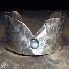 Bijoux Design, Schmuck Design, Jewelry Design, Sterling Silver Cuff Bracelet, Handmade Sterling Silver, Sterling Silver Rings, Silver Earrings, Hammered Silver, Silver Bangles