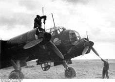 German crew maintaining a Ju 88 bomber of KG 54, France, Nov 1940
