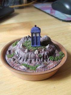 Dr Who Tardis Mini Garden