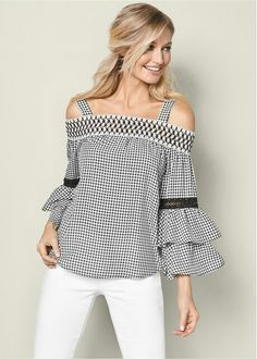 Ruffle Sleeve Gingham Top from VENUS women's swimwear and sexy clothing. Order Ruffle Sleeve Gingham Top for women from the online catalog or Only Fashion, Look Fashion, Womens Fashion, Ladies Fashion, Cute Crop Tops, Crop Top Shirts, Trendy Outfits, Cute Outfits, Colored Skinny Jeans
