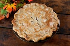 Thanksgiving Tips - The ultimate holiday resource for recipes & tips - Leftover Turkey Pot Pie Leftovers Recipes, Meat Recipes, Dinner Recipes, Cooking Recipes, Thanksgiving Leftover Recipes, Leftover Turkey, Turkey Leftovers, Christmas Recipes, Fish Pie