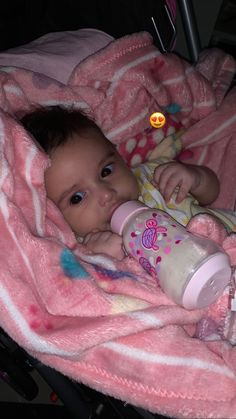 Cute Little Baby, Little Babies, Dad Baby, Baby Boy, Cute Babies Photography, Baby Tumblr, Cute Baby Girl Pictures, Cute Baby Videos, Mixed Babies
