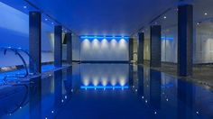 Pool with meditative music pumping from underwater speakers at One Aldwych, London Hotel Pool, Hotel Spa, Unique Hotels, Best Hotels, Underwater Music, Luxury Swimming Pools, Luxury Pools, Fitness Facilities, London