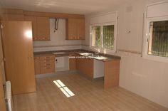 villa in santa cristina d´aro, te koop, 3 slaapkamers, 180 m2, 350.000€