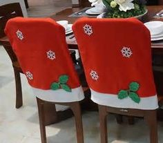 34 Super crochet crafts for table Crochet Christmas Gifts, Christmas Bows, Homemade Christmas Gifts, Christmas Time, Christmas Crafts, Crochet Gifts, Christmas Chair Covers, Christmas Table Settings, Christmas Kitchen