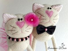 bride & groom kitties in black & pink