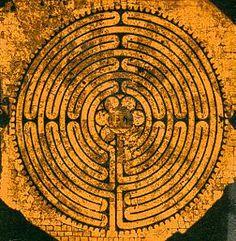Le labyrinthe de Chartres                                                                                                                                                                                 Plus