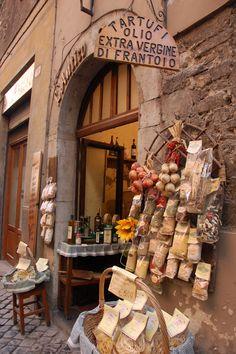 welcometoitalia: Umbria. (And the 100th post....