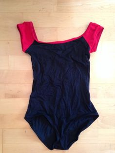 Yumiko leotard Style:wendy Colours: m-black with red trim