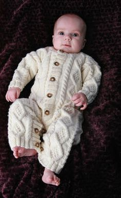 Aran Baby Snowsuit: I wish I made this for Desi!