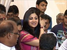 Shilpa Shetty Visits Andheri Cha Raja Ganpati pandal.