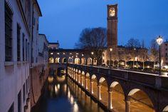 Mantova ( Italy) - il Rio e il complesso delle Pescherie di Giulio Romano. -  ( foto Gaia Cambiaggi)