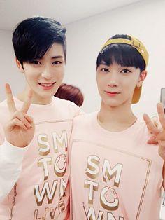 7.18.16 NCT Vyrl Update #SMTownOsaka - Jaehyun and Ten