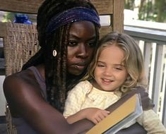 The Walking Dead Walking Dead Season 9, Walking Dead Tv Show, Fear The Walking Dead, Rick And Michonne, Judith Grimes, Beautiful Family, Best Shows Ever, Favorite Tv Shows, Fangirl