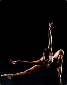 I love modern dance!