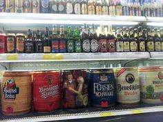 Beer, China supermarket Red Wine Drinks, Brit, Liquor Store, Vodka Bottle, China, Canning, Shop, Brewery, Spirit Store