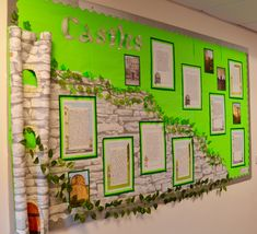A Castles display for our Towers, Tunnels and Turrets topic. Castle Theme Classroom, Classroom Themes, School Classroom, Class Displays, School Displays, Classroom Displays, Knights And Castles Topic, Environment Topic, Literacy Display