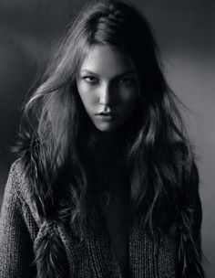 Karlie Kloss is beautiful and I want to be her <3