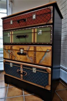 Idee per mobili funky – Recycled Furnitures Ideas Cheap Furniture Makeover, Diy Furniture Renovation, Diy Furniture Projects, Funky Furniture, Refurbished Furniture, Plywood Furniture, Repurposed Furniture, Painted Furniture, Furniture Stores