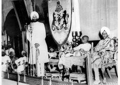 Sardar Patel inaugurating the Patiala and East Punjab States Union, formed by the integration of the Princely States of Patiala, Nabha, Jind, Faridkot, Kapurthala, Nalagarh, Kalsia and Malerkotla, by swearing in the Maharaja of Patiala as 'Rajpramukh' on July 15,1948.