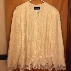 Jones New York cream lace blouse Cream lace blouse, button front, fully lined. Jones New York Tops Blouses
